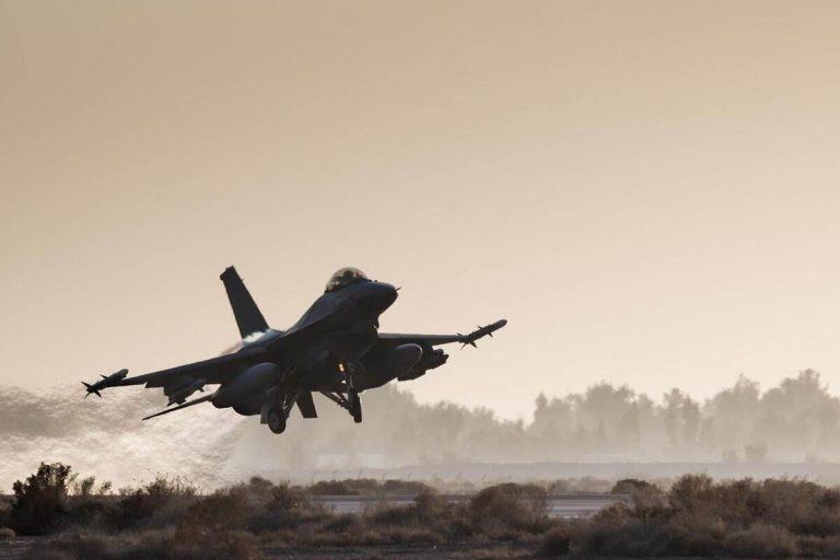 Déploiement de F16 en Irak/Syrie : la société civile demande davantage de transparence et de responsabilité