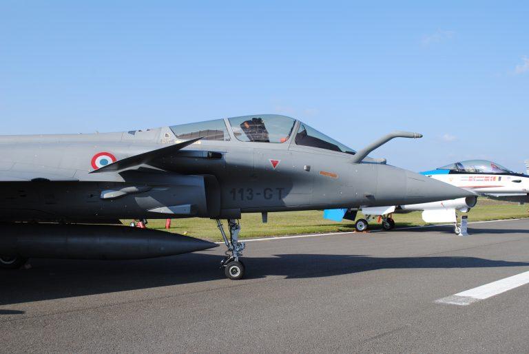 La France entretient ses exportations d'armement (Le Soir)