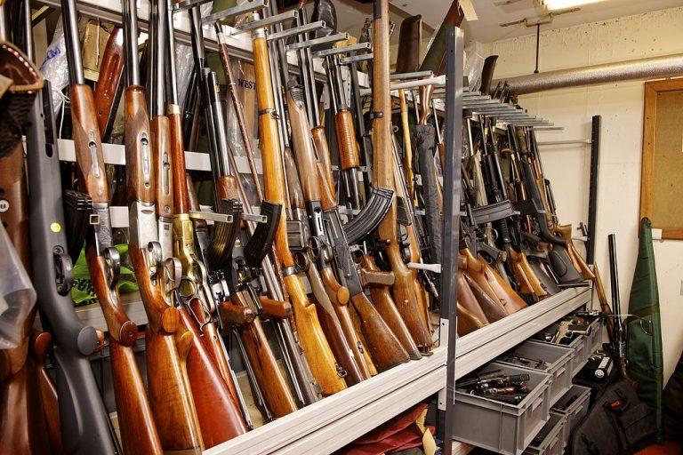 « Il n'y a jamais eu autant d'armes à feu en circulation dans le monde » (RFI)